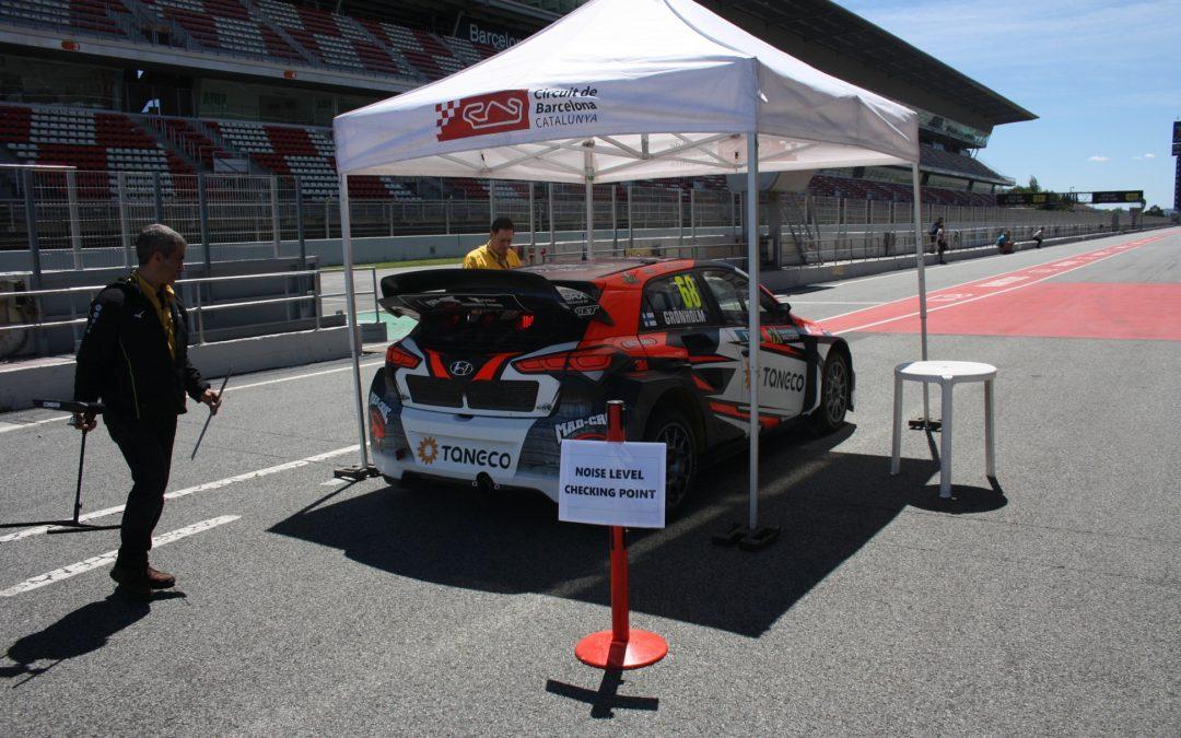 Un día de verificaciones técnicas en RallyCross