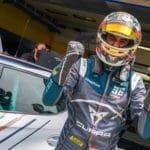 """Entrevista a Mikel Azcona: """"Mi principal objetivo es progresar y ser cada día mejor piloto"""""""