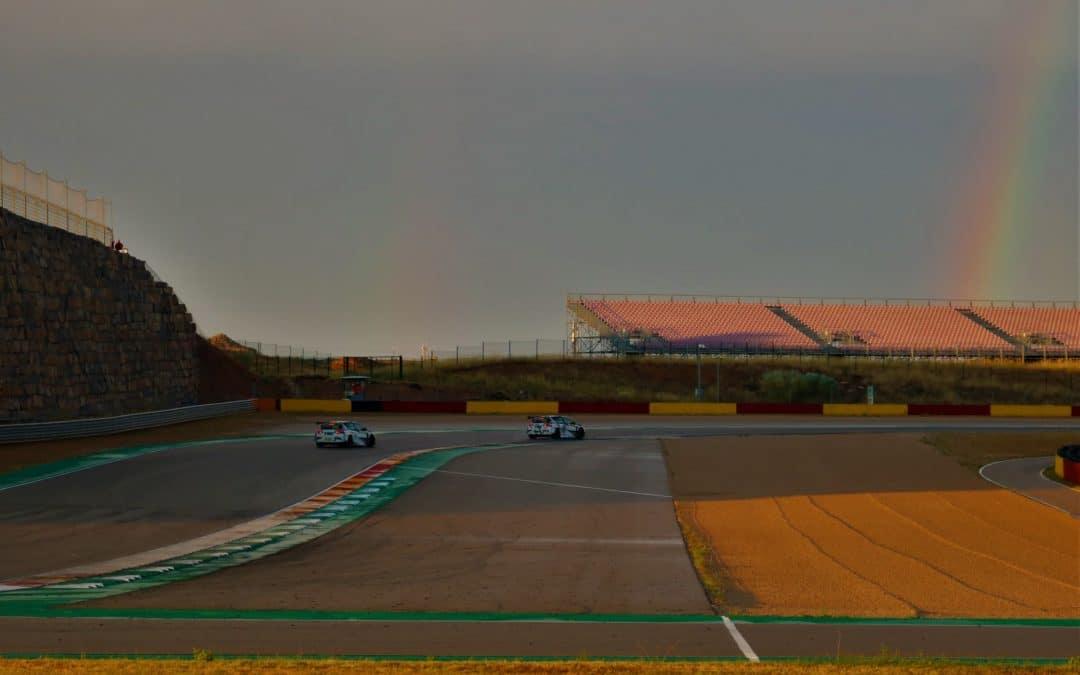 Una tormenta trunca el primer día del Racing Weekend en Alcañiz